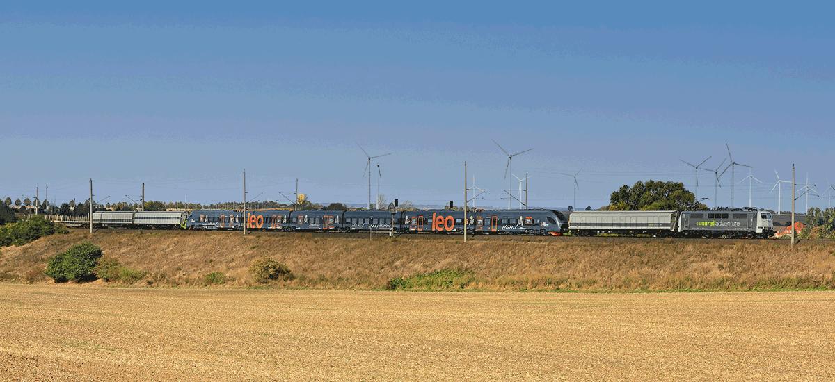 RailAdventure Transport CRRC Leo